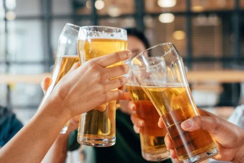 beer glasses cheering