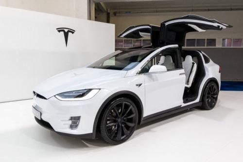 tesla model x - electric car